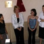 Esperanza Aguirre con los inmigrantes