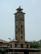 plaza-del-reloj