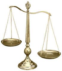 justicia-inclinada