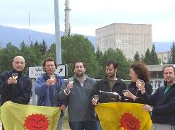 protestas-en-la-central-nuclear-de-garona