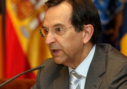 antonio-castro-cordobez-presidente-parlamento-canario