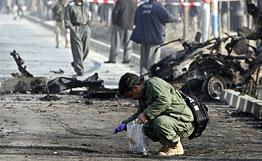 afganistan-bomba-en-autobus