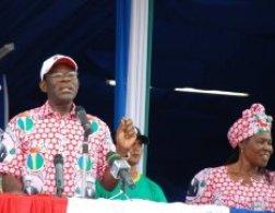 obiang-nguema-en-campana2
