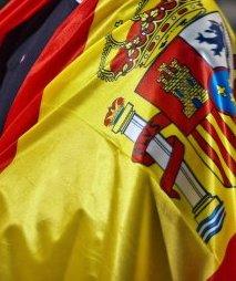 envuelto-en-la-bandera-de-espana