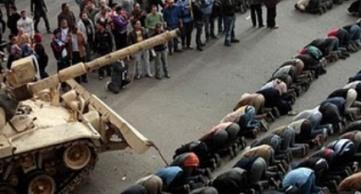el-ejercito-toma-el-poder-en-egipto