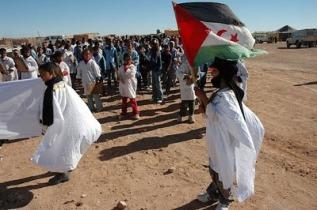 ninos-saharauis-jugando