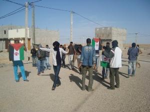 saharaui-detenido-por-celebrar-victoria-de-argelisa-sobre-futbol1