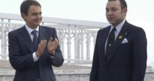 Zapatero aplaude a Mohamed VI en Rabat en noviembre de 2005