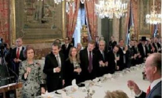 almuerzo-en-el-palacio-real1