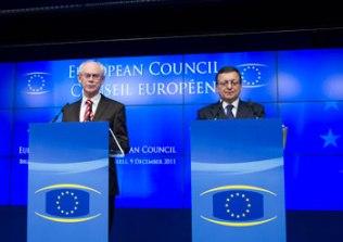 Presidente del Consejo Europeo, Herman Van Rompuy, y el Presidente de la Comisión Europea, José Manuel Barroso