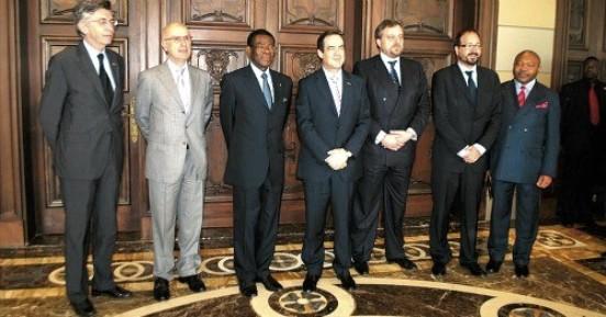 jose-bono-visita-a-obiang-nguema-en-compania-de-una-comision-de-diputados1
