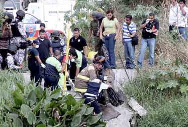 Los cuerpos de dos fotoperiodistas aparecen descuartizados y en bolsas negras (El Heraldo de México)