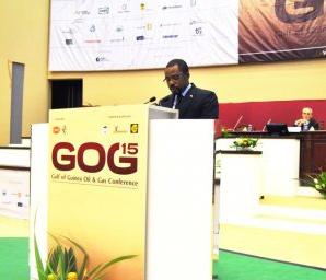 Gabriel Mbega Obiang, Ministro de Minas, Industria y Energía, en la clausura de la reunión