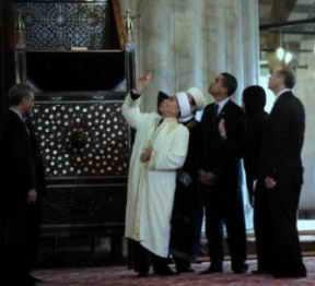 Obama en la Mezquita Azul de Turquía