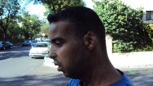 Salek Essaebi, la policía de Marruecos le quemó la cara y el pecho con gasolina