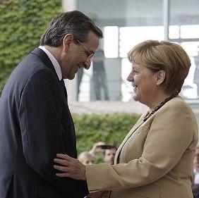 Antonis Samaras, primer ministro griego, con Angela Merkel, canciller de Alemania