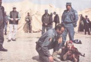 soldados-afganos-recibiendo-instruccion