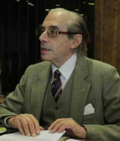 Embajador Jesús Riosalido