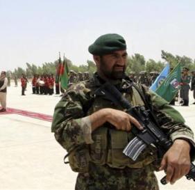 soldado-de-la-otan-en-afganistan