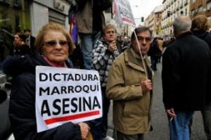 Una española de las que no  tiene dudas sobre lo que pasó en Gdeim Izik, durante la manifestación de noviembre de 2010 en Madrid. / Foto de Ricardo Aznar.