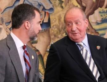 El Rey Juan Carlos y su hijo Felipe
