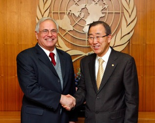 Ban Ki-moon y Christopher Ross.