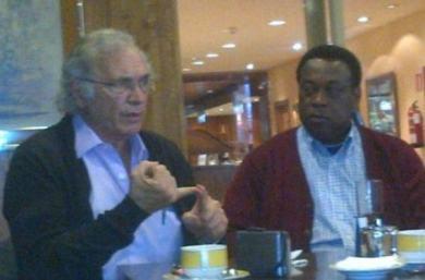 Eugenio Sánchez y Faustino Ondo en una reunión de Espacios Europeos