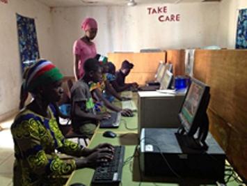 Gambia controla uso de Internet