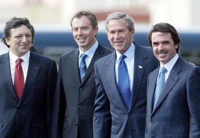 Los cuatro de las Azores Durao Barroso, Tony Blair, George Bush y Jose maria Aznar