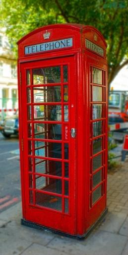 Cabina telefónica en la colonia de Gibraltar