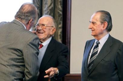 El rey Juan Carlos, Santiago Carrillo y Torcuato Fernandez Miranda