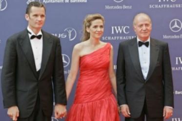 Iñaki Urdangarin, la infanta Cristina y el rey Juan Carlos de España.