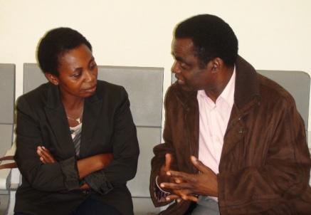 Clara Nsegue Eyi, Lola, con Weja Chicampo. Foto espacioseuropeos.