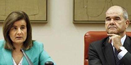 Fatima bañez y Luis de Guindos