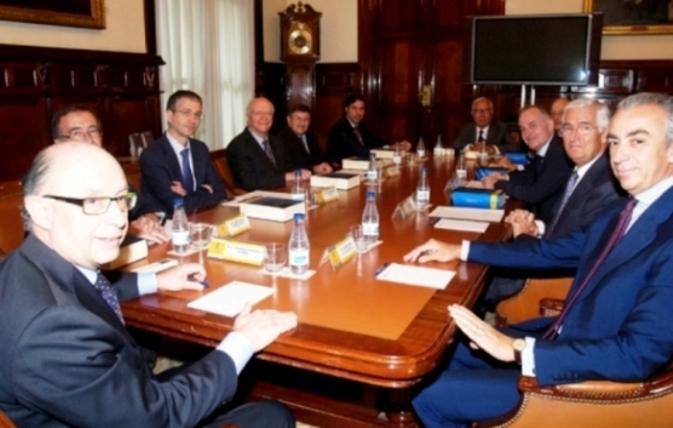 Comisión de Expertos de la Reforma Tributaria que contribuyen a empobrecer a las clases medias y menos desfavorecidas