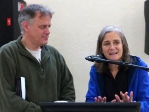 Denis Moynihan y Amy Goodman. Foto Noo zhawk.