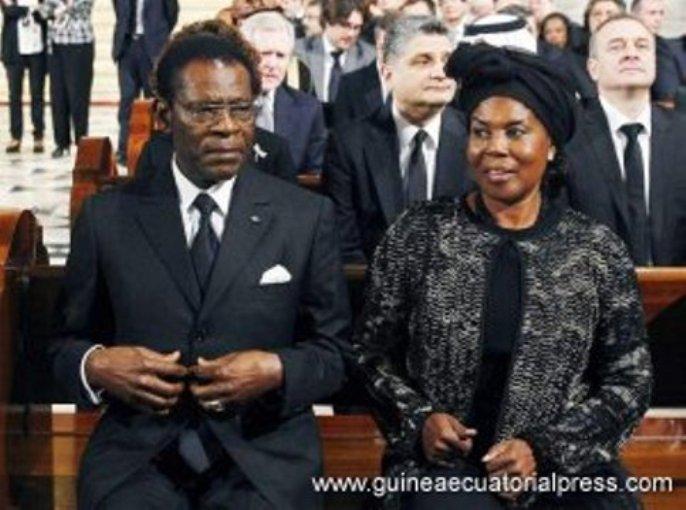 Obiang Nguema Mbasogo, junto a la Primera Dama, en el funeral por Adolfo Suárez