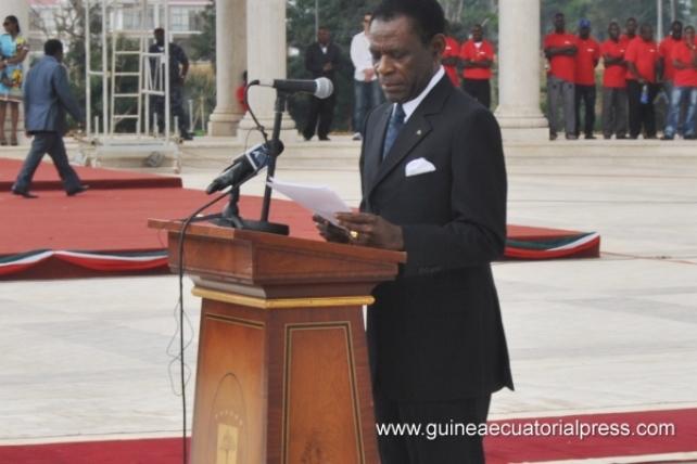 Teodoro Obiang Nguema en su conferencia en el Instituto Cervantes en Bruselas, invitado por el Gobierno de España y las gestiones de Zarzuela
