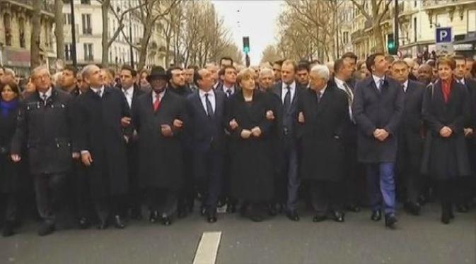 Los lideres políticos se manifiestan solos.