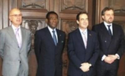De izquierda a derecha, Durán y Lleida, Obiang Nguema, Arístegui y Bono (Foto de archivo)