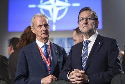 Pedro Morenés, Ministro de Defensa, y Mariano Rajoy, Presidente del Gobierno