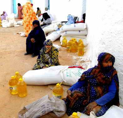 Refugiados saharauis en los campamentos de refugiados saharauis de Tinduf