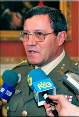 Teniente General José Mena