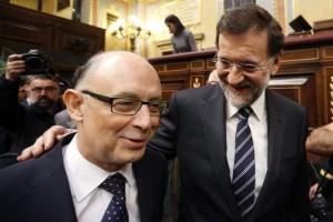 Montoro y Rajoy: el presidente teme que su ministro siga tirando del hilo de los 705 porque no se quiere inmolar con él
