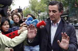 El periodista Pedro García Gimeno daba concesiones a Gürtel y era socio de Correa. Sigue libre.