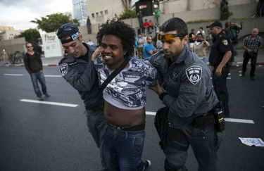 Judíos eríopes protestan en Tel Aviv (Israel): foto Religión Confidencial.