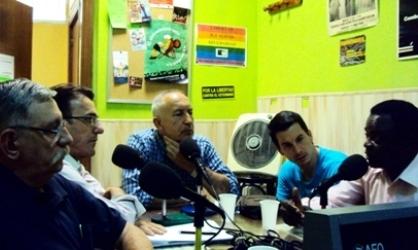 De izquierda a derecha, Rafael Permuy, Javier Martíbez, Eugenio Pordomingo, Luis Gonzalo Segura y Weja Chicampo- Foto de archivo de la Tertulia Espacios Europeos.
