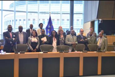 Opositores guineanos en el Parlamento Europeo