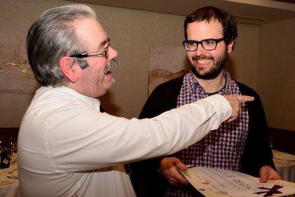 Javier Castro Fernández durante la entrega de un premio de innovación. Foto de IES LEIXA.