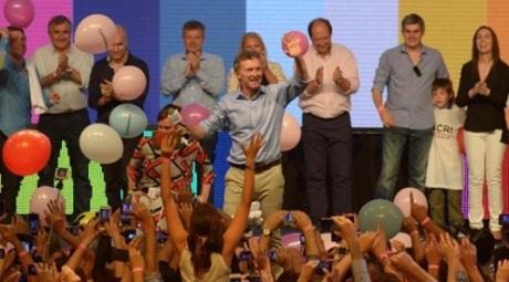 Mauricio Macri, danza.